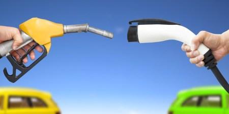 Сравнение энергоэффективности: электромобили используют на передвижение 72-94% полученной энергии, гибриды — 21-40%, а ДВС-модели — только 12-30%