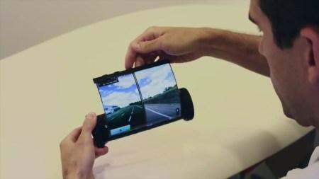 MagicScroll — мобильное устройство в форме свитка от канадских изобретателей