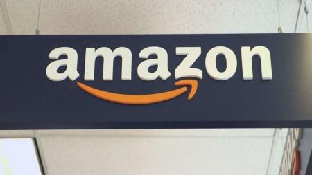 Опрос: американцы доверяют Amazon больше, чем Конгрессу