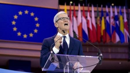 Глава Apple: США нужен свой GDPR!