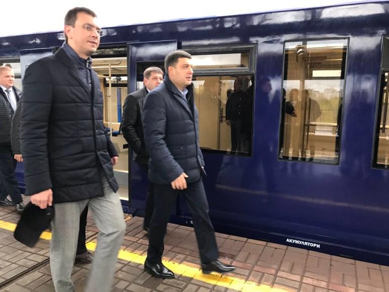 """Железнодорожный экспресс в аэропорт """"Борисполь"""" отправился в первую тестовую поездку, официальный запуск ожидается уже в ноябре (фото, видео)"""