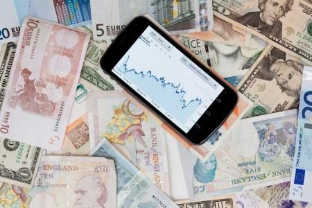 Samsung и Apple оштрафованы в Италии из-за выпуска обновлений прошивок, снижающих производительность смартфонов