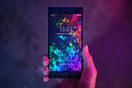 Игровой смартфон Razer Phone 2 представлен официально: SoC Snapdragon 845, испарительная камера, 15-ваттная беспроводная зарядка и защита IP67