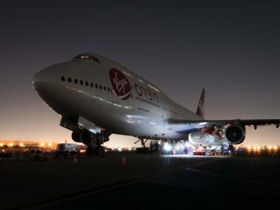 Virgin Orbit прикрепила ракету-носитель LauncherOne к модифицированному Boeing 747