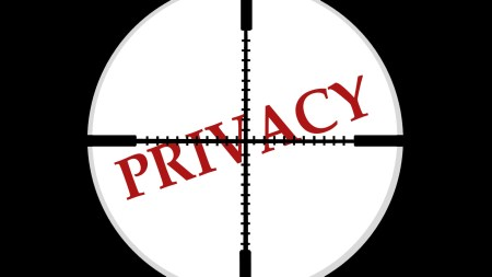 Recode: представители Facebook сначала опровергли, потом подтвердили, потом снова опровергли информацию о том, что Portal следит за пользователями