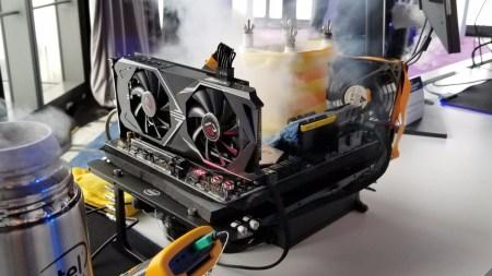 Процессор Intel Core i9-9900K под жидким азотом показал в разгоне результат 6,9 ГГц для всех ядер