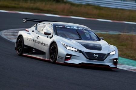 В Японии представили гоночный электромобиль Nissan Leaf NISMO RC с агрессивным дизайном, полным приводом и двумя двигателями мощностью 240 кВт