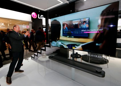 OLED телевизоры LG модельного ряда 2019 года получат улучшенный процессор Alpha 9