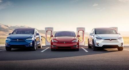 Tesla начнет установку зарядных станций Supercharger следующего поколения в начале 2019 года и к его концу рассчитывает удвоить общее число всех станций (сейчас их более 11 тыс.)