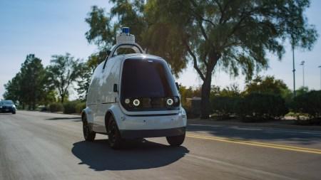 Стартап Nuro запустил доставку продуктов робомобилями