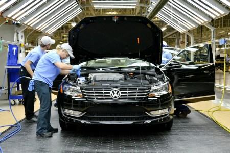 Volkswagen перестанет разрабатывать новые бензиновые и дизельные двигатели после 2026 года и планирует собирать новые автомобили для рынка США на заводах Ford