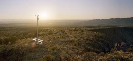 Американские инженеры представили проект «цифровой стены», которая поможет пограничникам ловить нелегалов на границе с Мексикой