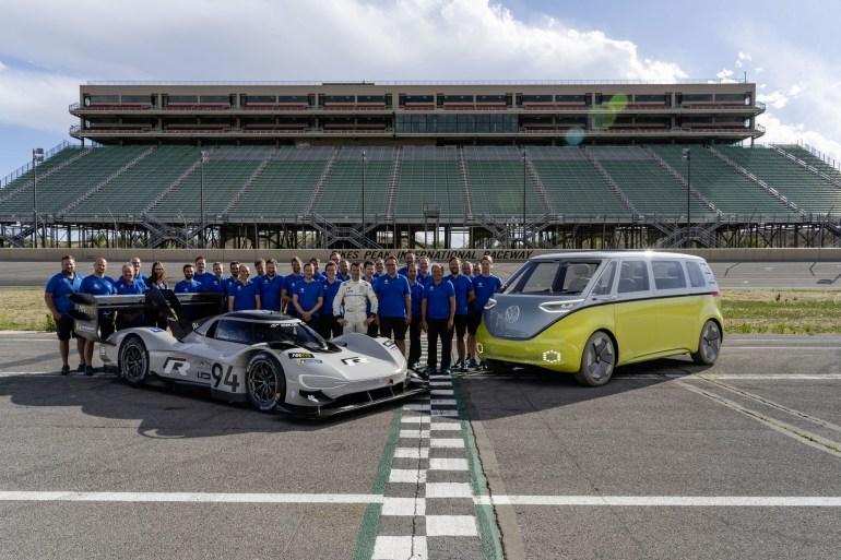 Гоночный спорткар Volkswagen ID. R собирается побить рекорд Нюрбургринга среди электромобилей, отобрав его у NIO EP9