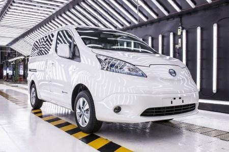 Nissan закроет производство дизельной версии минивэна NV200 в Барселоне, так что в Европе останется только электрическая версия Nissan e-NV200