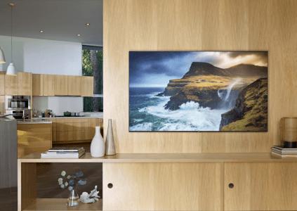 Samsung представила линейку QLED телевизоров модельного ряда 2019 года с ценами до $15 тыс.