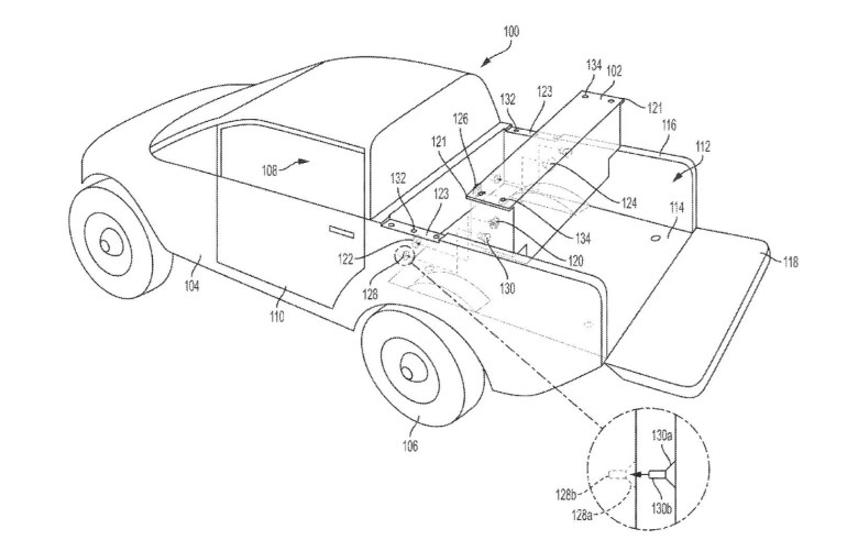 """Производитель электрического пикапа Rivian R1T запатентовал """"съемную вспомогательную батарею"""" для самостоятельной установки в кузов"""