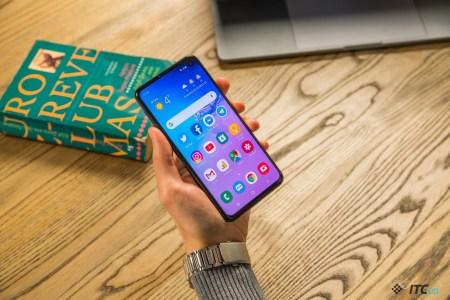 Galaxy S10e – компактный флагман от Samsung