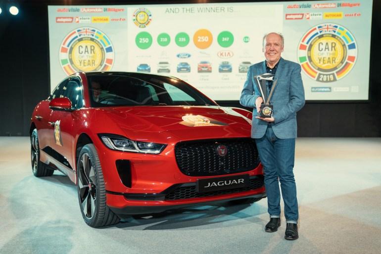 """Электрокроссовер Jaguar I-PACE получил титул """"Автомобиль 2019 года в Европе"""". 75% его мировых продаж приходится на Европу, а в Украине уже предзаказано 80 экземпляров"""