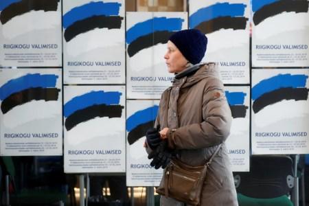 Почти половина избирателей на недавних парламентских выборах в Эстонии проголосовала через интернет