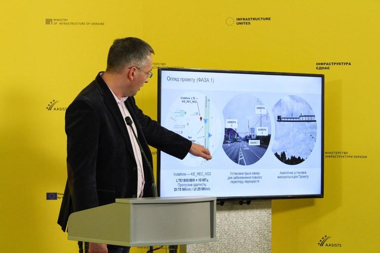 """Vodafone и Nokia создадут в Украине """"умную дорогу"""" на основе 5G и технологий """"Интернета вещей"""""""