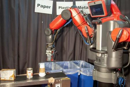Разработан робот-утилизатор, способный отличать бумагу, пластик и металл на ощупь