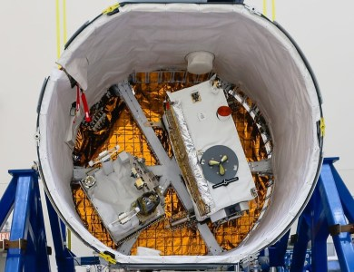 SpaceX отправила на МКС грузовой корабль Dragon миссии CRS-17 с углеродной обсерваторией OCO-3
