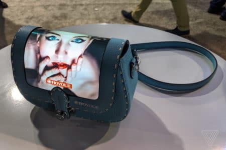 Модный бренд Louis Vuitton показал ручные сумки с гибкими дисплеями, которые являются «расширением смартфона» - ITC.ua