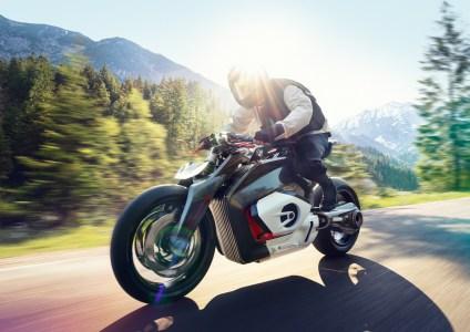 Немцы показали концепт электромотоцикла BMW Motorrad Vision DC Roadster, выполненный в стиле классических мотоциклов бренда