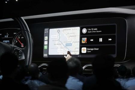 Apple обновила CarPlay, изменив интерфейс главного экрана и добавив предложения Siri