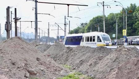 Укрзалізниця начала строить новую остановку для Kyiv Boryspil Express на Выдубичах, работы обещают закончить к концу года