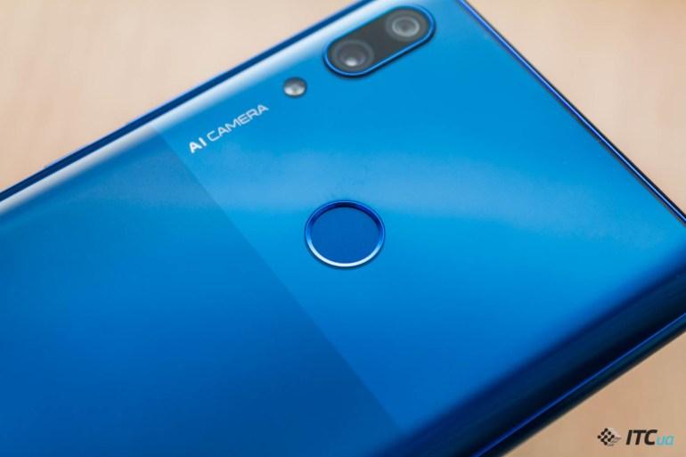 P Smart Z — обзор смартфона Huawei с выдвижной фронтальной камерой