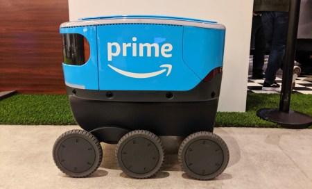 Робокурьеры Amazon Scout начинают работу в калифорнийском городе Ирвайн