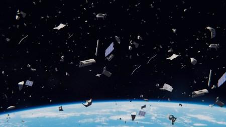 На орбите Земли распалась на части отработанная ступень, которая находилась там еще с 1992 года