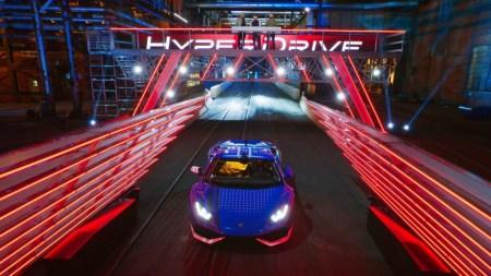 Вышел зрелищный трейлер автошоу Hyperdrive / «Гипердрайв» от Netflix, который продемонстрировал гонщиков, автомобили и трассу с препятствиями
