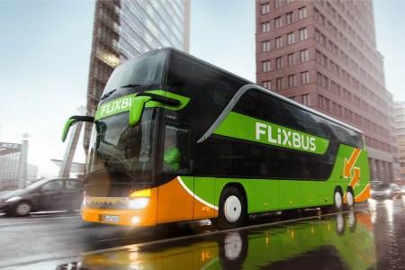 Автобусный лоукостер FlixBus объявил о партнерстве с Gunsel и запуске трех новых рейсов из Киева в Прагу, Варшаву и Вроцлав
