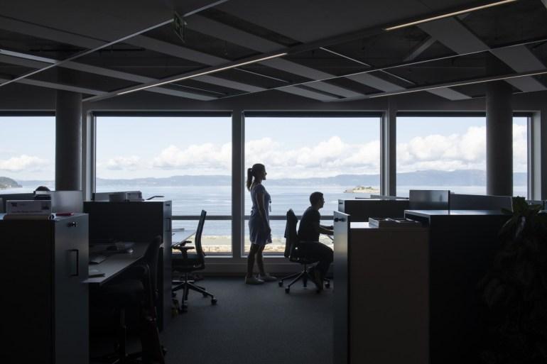 Офисный центр Brattørkaia в Норвегии производит вдвое больше энергии, чем потребляет