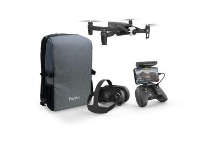 Квадрокоптер Parrot Anafi комплектуется FPV-гарнитурой, подключаемой к смартфону