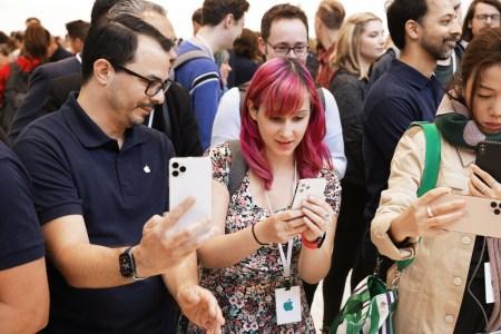 Озвучены предварительные цены на новинки Apple в Украине: iPhone 11/Pro/Max — от 23999/34999/37999 грн, Apple iPad 10.2 — от 10999 грн, Apple Watch 5 — от 13699 грн
