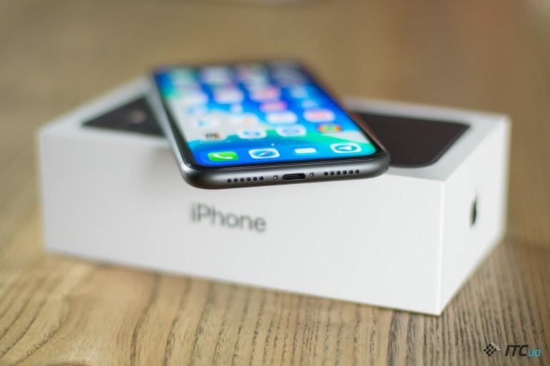 iPhone 11 динамики