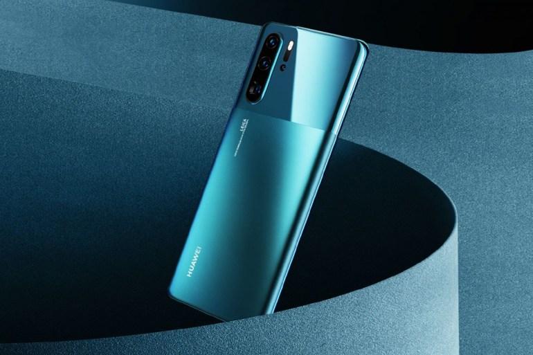 Продажи смартфонов Huawei P30 и P30 Pro превысили 16,5 млн штук, старшая модель получила новые двухцветные варианты оформления