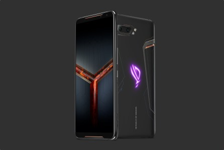 Продажи ASUS ROG Phone 2 в Европе стартуют 20 сентября, цена — €899 за базовый вариант 12/512 ГБ и €1199 за версию Ultimate с 1 ТБ флэш-памяти