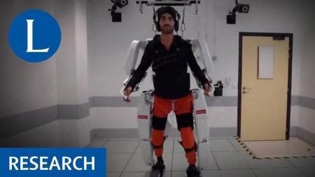 Разработанный французскими исследователями нейрокомпьютерный интерфейс позволил парализованному человеку управлять экзоскелетом