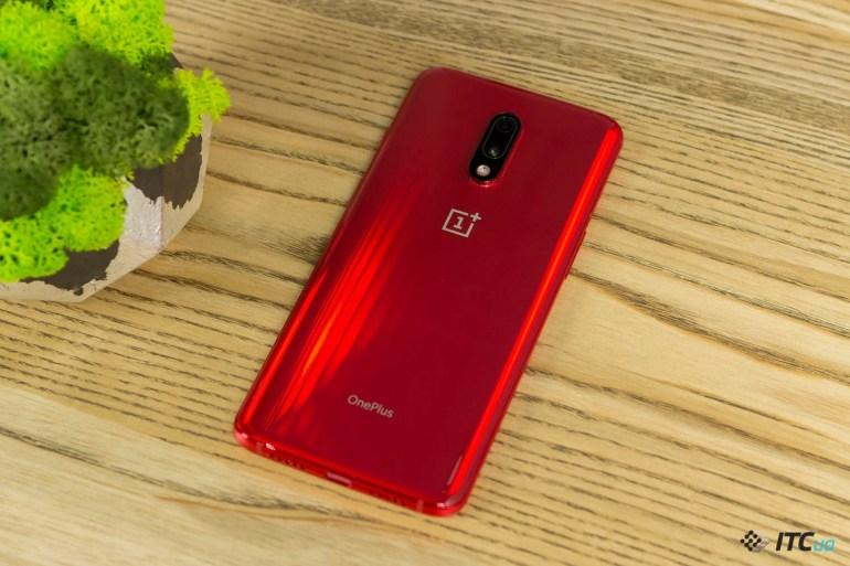 OnePlus 7 красный цвет