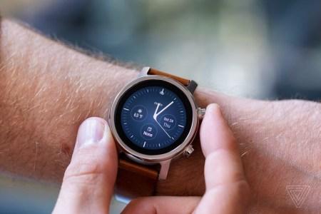 На рынок возвращаются умные часы Moto 360, но не от Motorola
