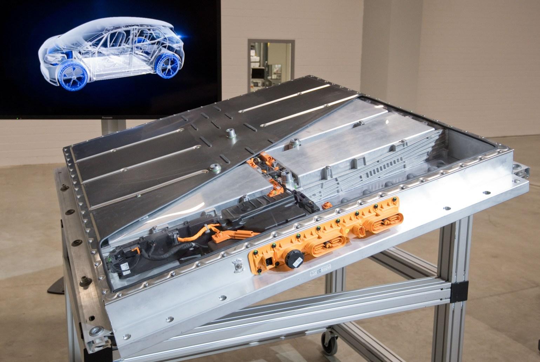 Аккумуляторы электромобилей могут стать причиной новой экологической проблемы