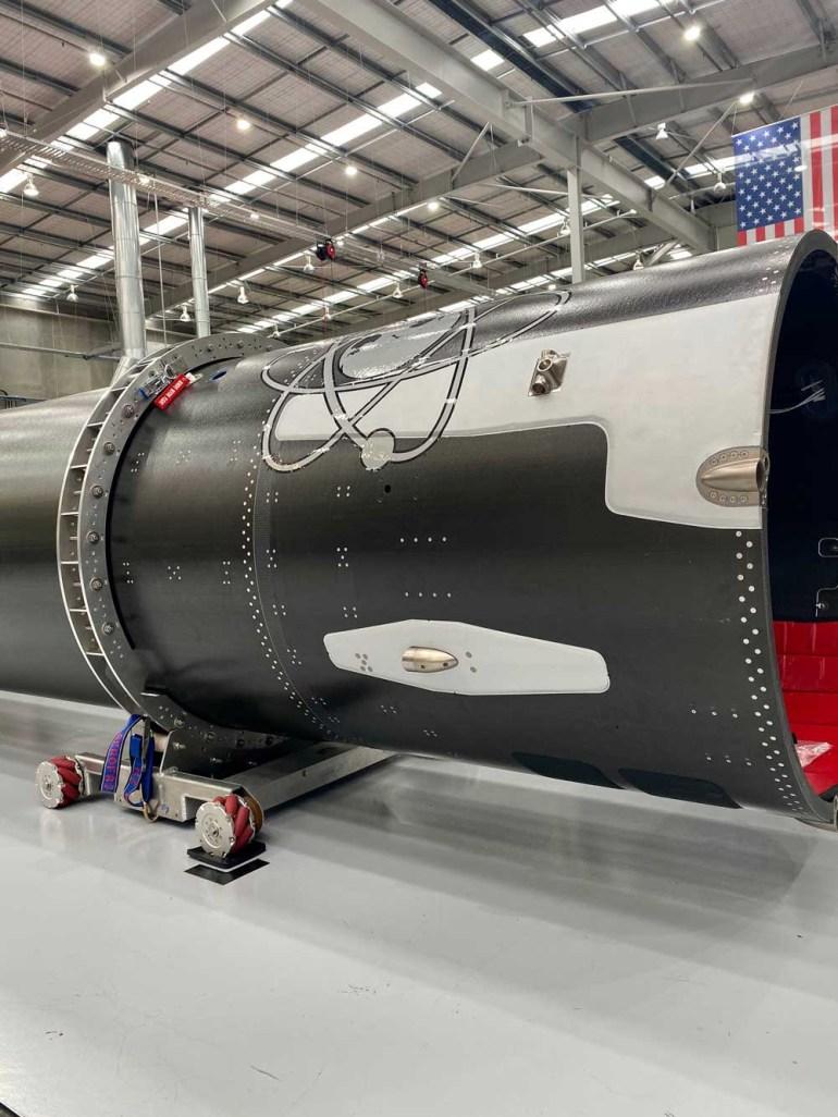 Rocket Lab готова к первому запуску ракеты Electron с системами возврата
