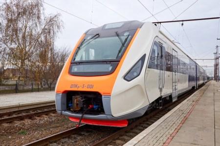 Новый украинский дизель-поезд ДПКр-3 для Kyiv Boryspil Express на видео с испытаний