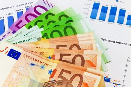 НБУ: За 9 месяцев текущего года через системы перевода средств в Украине было переведено $5,3 млрд, из-за границы — $1,7 млрд, за границу — $275 млн [инфографика]