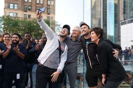 Apple — лидер в 5G. Так считают поклонники компании в США ¯\_(ツ)_/¯
