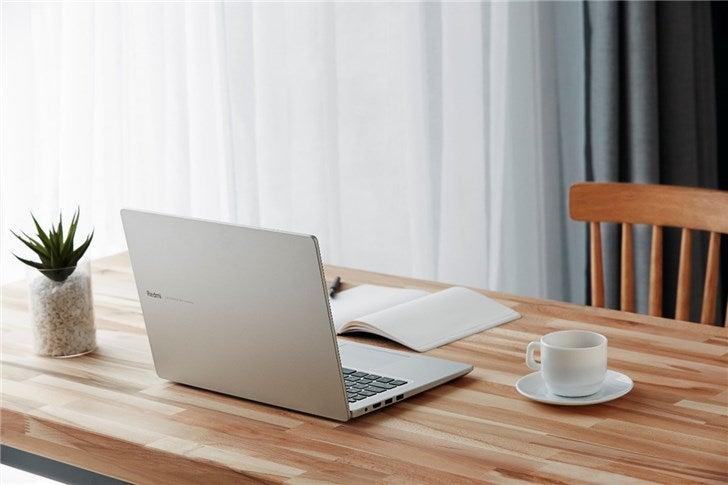 Смартфон Redmi K30, компактный ноутбук RedmiBook 13, роутер и умная колонка. Суббренд Xiaomi представит ворох новинок 10 декабря